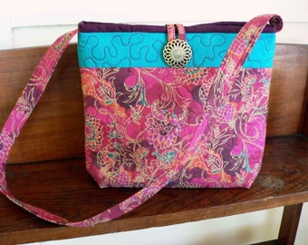 CLEARANCE - Casual Quilted Purse