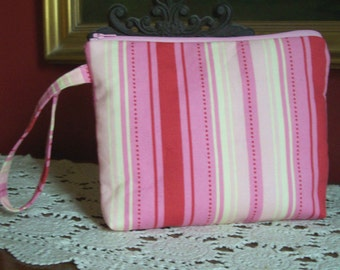 SALE - Zipper Pouch - Wristlet - Catch All - Cosmetic Bag - Jewelry Bag