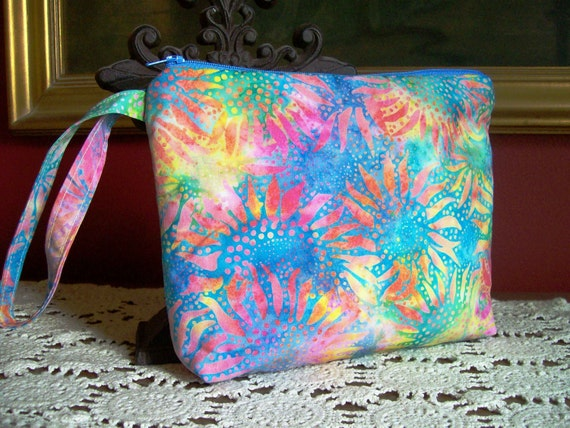 Zipper Pouch - Wristlet - Catch All - Cosmetic Bag - Jewelry Bag