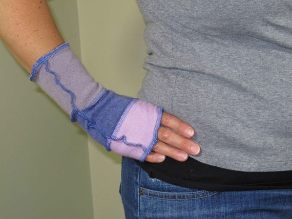 Arm Warmers - Fingerless Gloves - made from recycled sweaters - 100% Cashmere