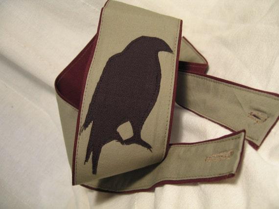 Vegan Guitar Strap-Solitary Crow Design