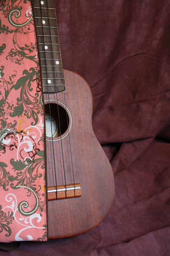 Vegan Ukulele Strap-Antique Day Dreams pattern