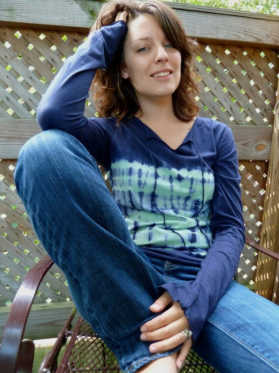 Casual Lightweight Extended Sleeve Blue Top, Hand dyed
