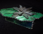 WHITE WATER LILY    stained glass box