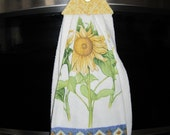 Super thick and soft sunflower print double kitchen towel with fabric top and button closure