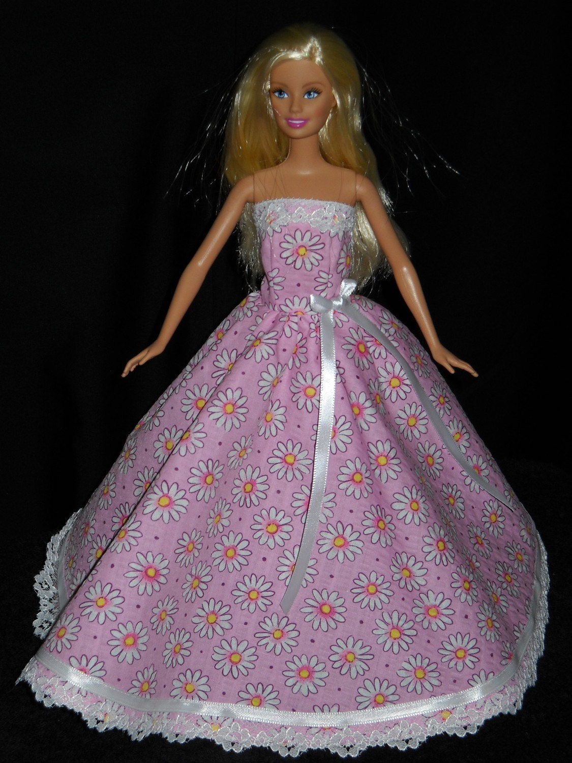 Pink with Daisy s Gown Barbie Doll Dress Handmade