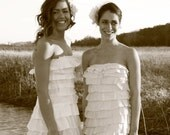 L'amore.   SAMPLE SALE small bust 34/36 full length wedding dress with tiers. small / medium
