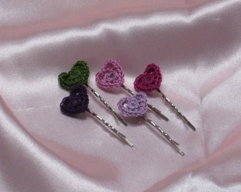 Set of 5 bobby pins with knitted hearts for Valentine day