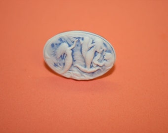 Medium Icy Blue Mermaid Tails Cameo Ring