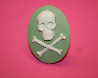 Large Mint Skull and Crossbones Cameo Ring