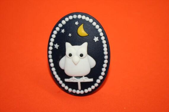 Large Navy Night Owl Cameo Ring