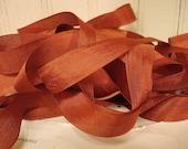 5 Yards Vintage Seam Binding - Rust