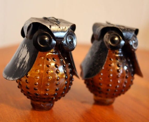 Unique Vintage Owl Collectible Salt And Pepper Shakers