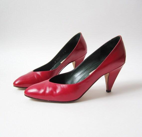 SALE - 1970s Cole Haan Red Cherry High Heels Size 7B