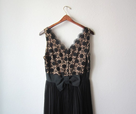1960s Midnight Lace Pleated Chiffon Dress Size Medium