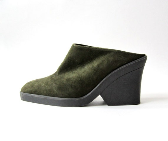 1990's Clogs Green Suede Platforms Size 7M
