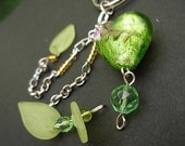 Green heart and leaves KEYRING
