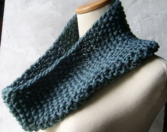 The Extraordinary Cowl - In Dusty Teal