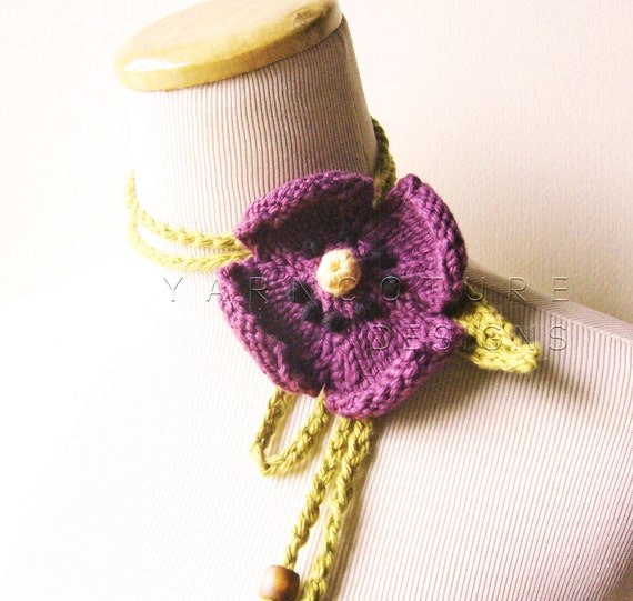 The Spring Pansy Lariat In Violet