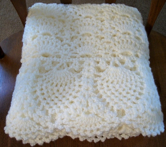 Free Crochet Patterns Christening Blankets : White Baby Blanket for Christening ... Crochet afghan ...