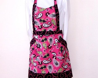 Pink Paisley Womens Apron, Pink and Black with Black Pink Swirl Contrast Kitchen Apron, Cute Womans Apron, Full Womens Apron with Pockets