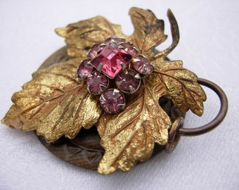 "Restyled pendant with button & vintage jewelry ""Autumn Leaf"""