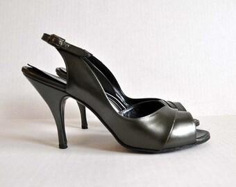 vintage 60s shoes / So Mad Men Vintage 60's Dark Olive Pearl Peep Toe Heels