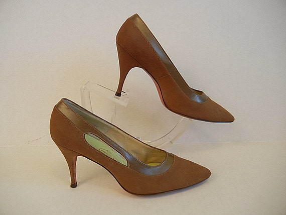 1950's Shoes / Downtown Ms Brown Vintage 50's Stilleto Heels Shoes