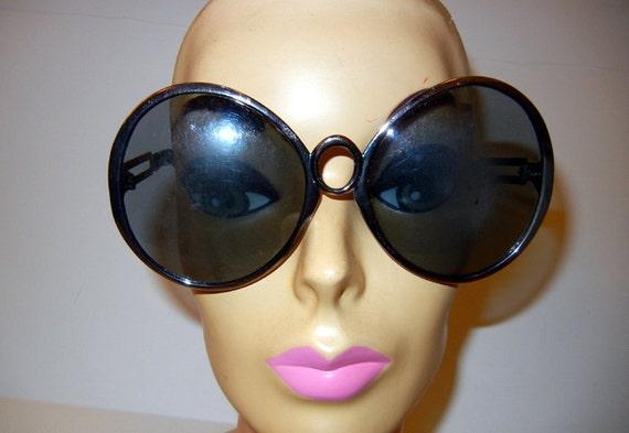 1960s sunglasses / Oolala Supe Huge Oversized Vintage 60's Sunglasses