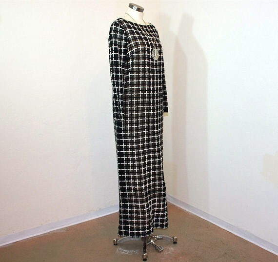Reserved for ric112753 1960s dress / Vintage 60s Mod Black and White Tee-ca Cocktail Hostess Maxi Dress
