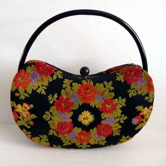 1960s purse / Highly Sought After Rare Vintage Holzman 60's Kidney Shaped Carpet Bag