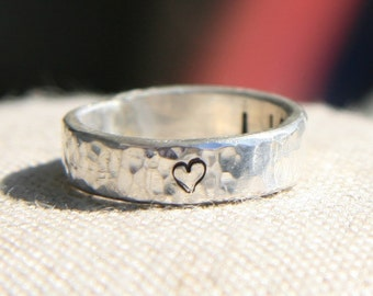 Hammered Heart Ring - Engraved Ring