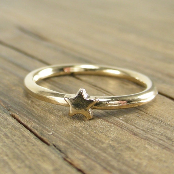 Star Ring -  Vermeil - Gold Dipped Silver - Free Shipping