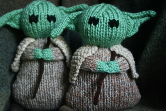 PDF Pattern Yoda-soft stuffed toy doll-Step by step photos