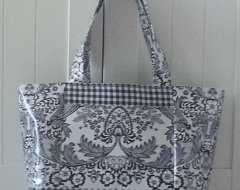 Beth's Large Black Paradise Oilcloth Tote with Exterior Pockets