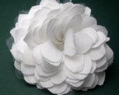 Bianca Handmade Fabric Flower (Medium)