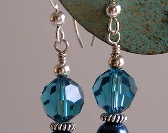 Classy and Elegant SSilver Earrings - Indicolite