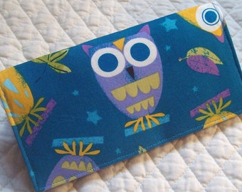 Robert Kaufman's On a Whim Owl fabric  left side or top loading checkbook cover \/ wallet