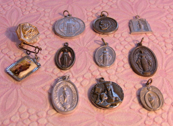 Vintage Catholic Pendant Icon Craft Lot
