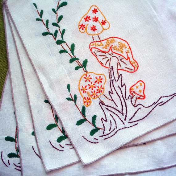 machine embroidered placemats