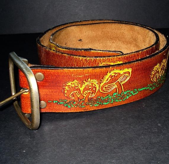 Vintage 70s  Style Leather Belt - Mushroom Motif