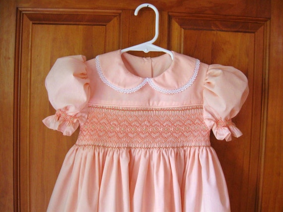 Perfectly peachy hand smocked dress Size 3/3T