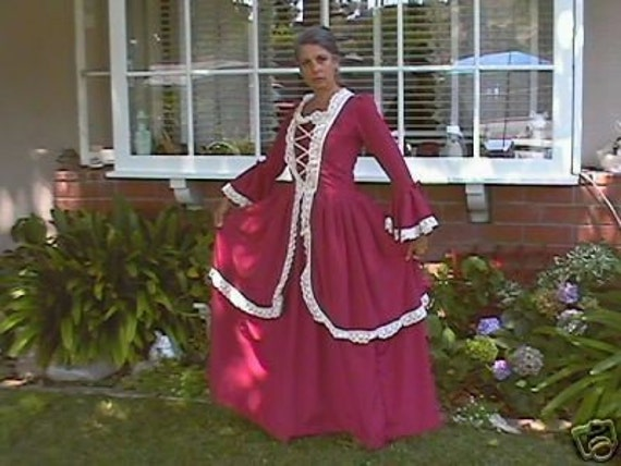 Items Similar To 1776 Colonial Women Dress Gown Made To