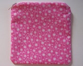 Small Flowers on Pink Zippered Pouch