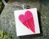 Patchwork Heart.....a pendant in a little tin box (Pendant, Ribbon Necklace in Tin Set) -049-