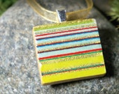 Green on Gold, a striped Scrabble tile pendant in a slide top tin (Pendant, Ribbon Necklace in Tin Set) -023-