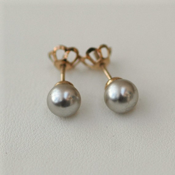 Vintage 10K Gold and Gray Pearl Earrings