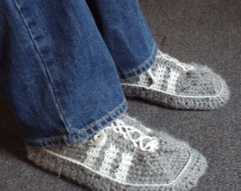 Download Now - CROCHET PATTERN Mens 3-Stripe Tennis Shoes - Pattern PDF
