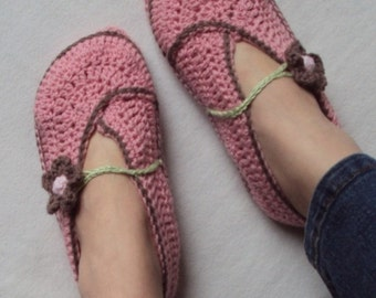 Download Now - CROCHET PATTERN Ladies Kimono Flower Slippers - Pattern PDF