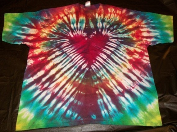 Zur designs father 39 s day gift ideas from the makers of etsy for Customized tie dye shirts
